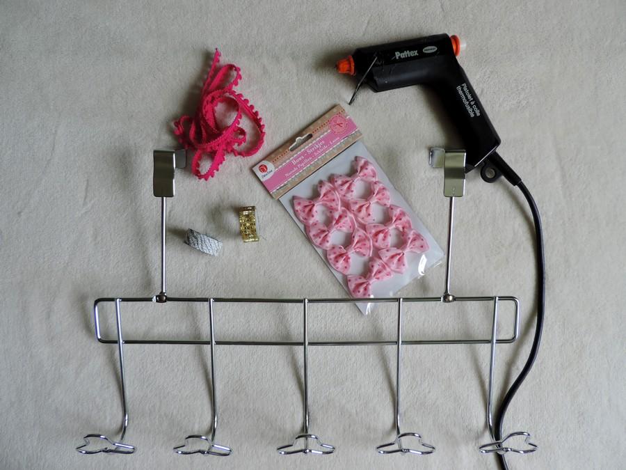 Diy le porte colliers estelle test for you - Pistolet a colle carrefour ...