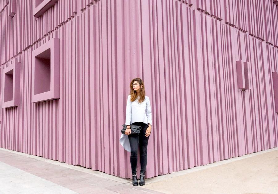 le mur violet de beaugrenelle estelle test for you. Black Bedroom Furniture Sets. Home Design Ideas